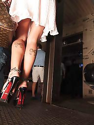 Club, Upskirts