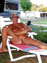 Mature public, Sunbathing