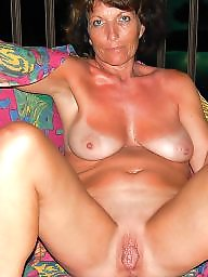 Hot mom, Mature pussy, Mature flashing, Milf pussy, Mature flash, Mature hot