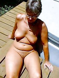Moms, Aunt, Milf mom, Mature amateur, Amateur mom