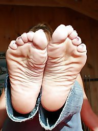 Mature feet, Feet, Mature femdom, Milf feet, Beautiful mature, Mature beauty