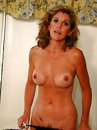 Aunt, Moms, Mature milf, Amateur moms, Amateur mom