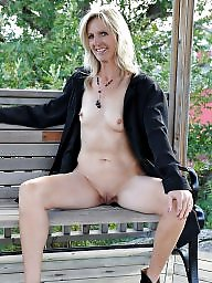 Mature flashing, Mature flash, Mature public, Flashing mature