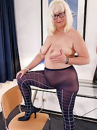 Glasses, Amateur mature, Mature boobs, Mature glasses, Glasses mature