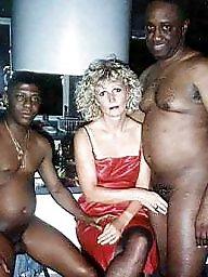 Kinky, Housewive