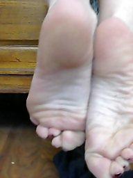 Milf feet, Brunette ass