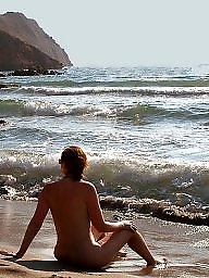 Public nudity, Nude beach