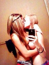 Lesbians, Teens amateurs, Lesbian teen, Horny