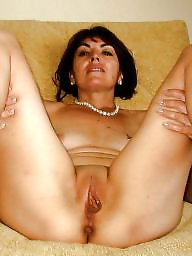 Moms, Amateur milf, Mature moms, Mom amateur
