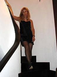 Posing, Blonde milf