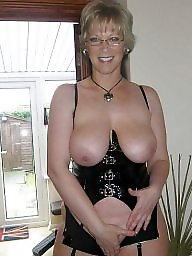 Milf mature, Amateur moms, Amateur mom, Hot moms