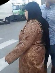 Mom, Arab ass, Mom ass, Hijab ass, Huge ass, Candid