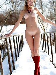 Russian, Russian teen, Brunette, Russian amateur, Snow, Teen nude