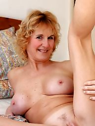 Mom, Moms, Amateur mom