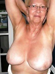Public, Nipples