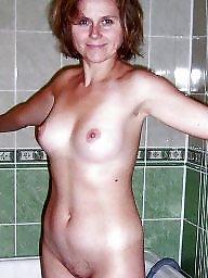 Guy, Naked milf