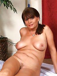 Mom, Mom boobs, Mature boobs, Milf mom, Mature milfs, Moms boobs