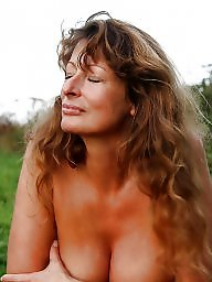 Grannies, Outdoor, Mature outdoor, Mature granny, Granny outdoor, Mature public