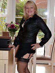 Mature stockings, Stocking mature