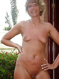 Grannies, Granny stockings, Granny stocking, Voyeur mature, Grab