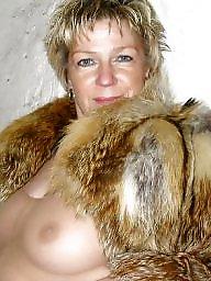 Mature, Fur