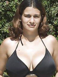 A bra, Bra boobs, Big tits babe