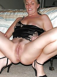 Spreading, Mature spreading, Spread, Legs, Amateur milf, Spreading milf