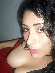 Brunette amateur
