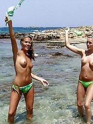 Teen beach, Beach tits