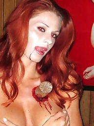 Zombie, Public nudity