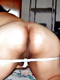 Aunt, Moms, Wives, Ass mom, Ass mature, Mom ass
