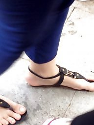 Feet, Foot, Candid, Turkish feet, Flash, Turkish milf