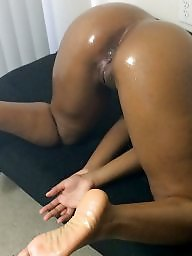 Doggy, Ebony amateur, Friends