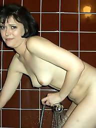 Mature wife, Bathroom, Milfs, Amateur mature, Mature milf