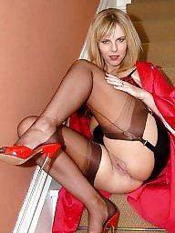 Stocking tops, Upskirt stockings