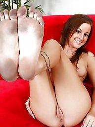 Redhead, Feet