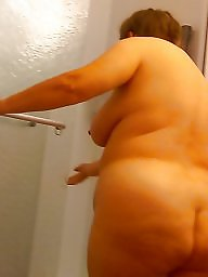 Mature shower, Hidden cam