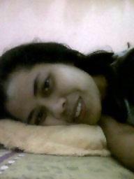 Malay, Posing