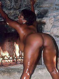 Ebony mature, Hot mature