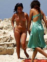 Beach, Beach voyeur, Voyeur tits