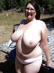 Outdoor, Bbw outdoor, Posing, Outdoors, Pose, Amateur big boobs