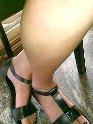 Feet, Leggings, Milf legs, Candid, Milf feet