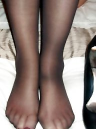 Mature feet, Stocking feet