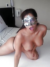 Milfs, Amateur boobs