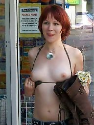 Flashing boobs, Public boobs