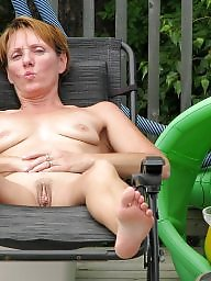 Amateur milf, Mature mom, Amateur moms