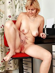 Saggy, Saggy tits, Hairy mature, Mature hairy, Saggy mature, Mature saggy