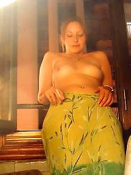 Milf lingerie, Amateur lingerie