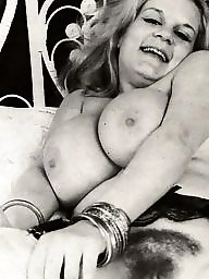 Spreading, Spread, Blond, English, Vintage boobs