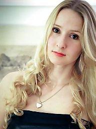 Amateur, Blond